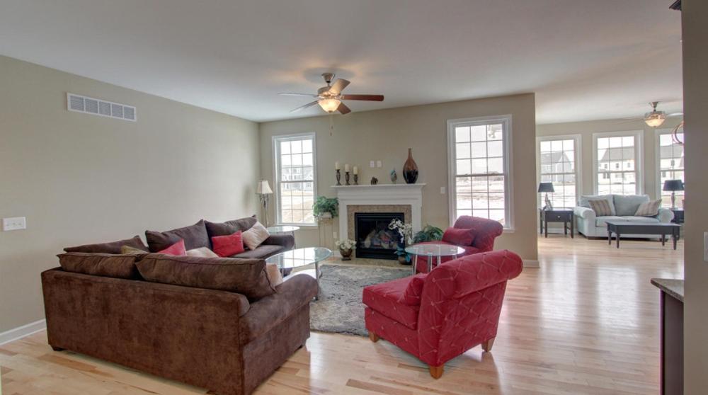 Home owner raves c m custom homes for C m custom homes